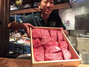 肉山バンコク